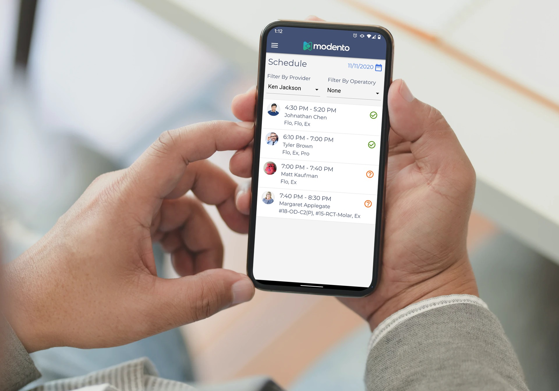 Modento Go staff app showing doctor's afternoon schedule